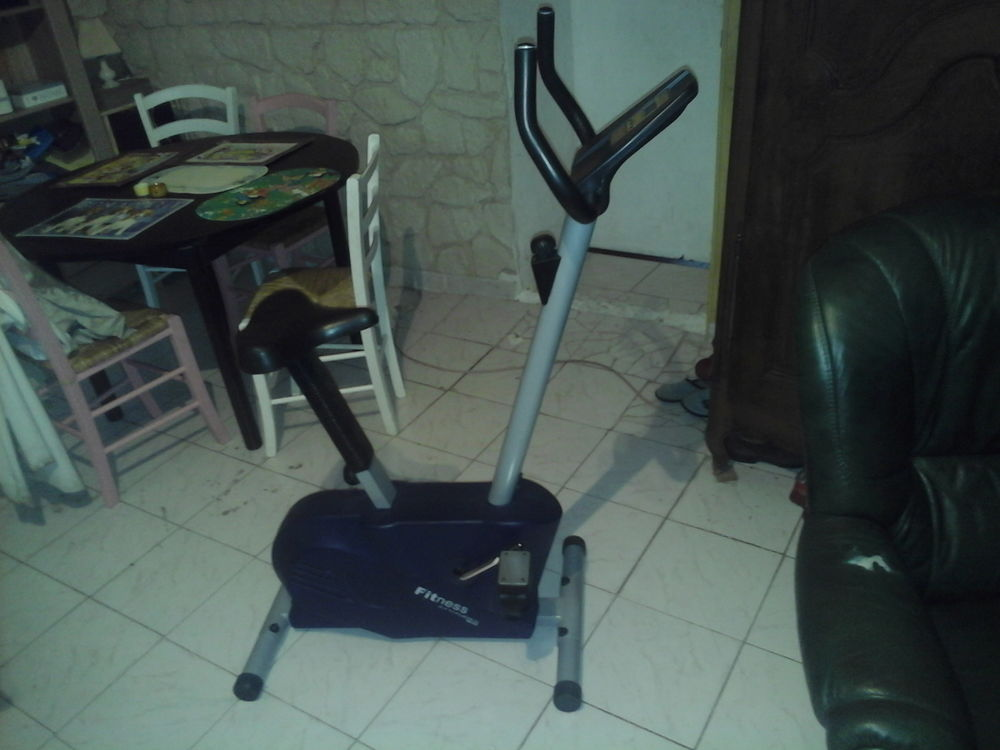Velo fitness attitude muscu maison for Appareil fitness maison